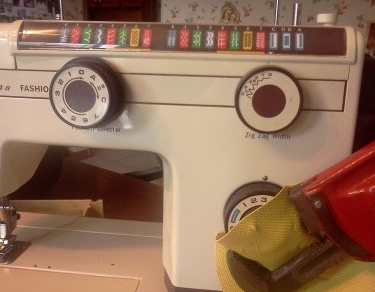 How to Repair a Nelco Sewing Machine